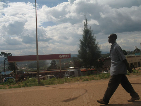 Knowing Kigali – on the road to Sf. Francisc dAssisi Center